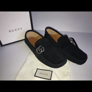 Authentic Gucci Noel driver loafer size 8.5G suede